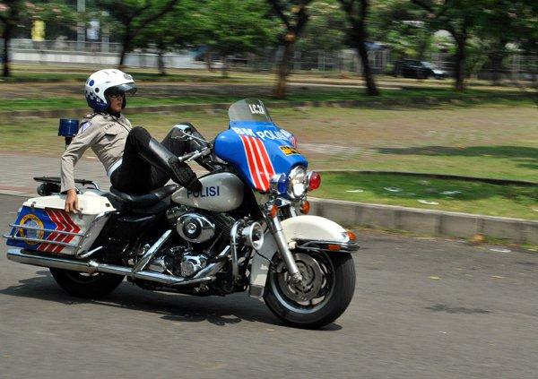 lowongankerjaindonesiasaja.blogspot.com