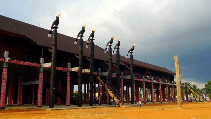 www.indonesia-tourism.com