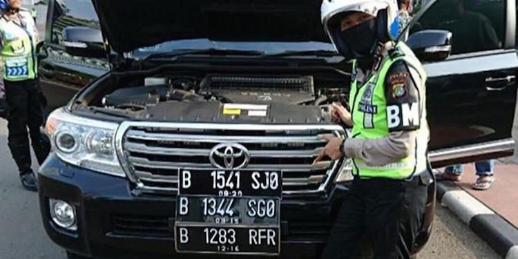Fake License Plate Genap Ganjil
