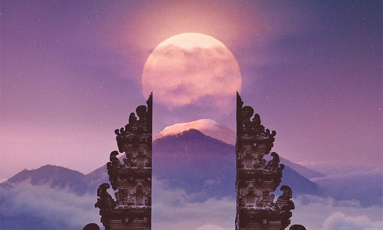 Blood Moon From Gates To Heaven In Bali By Robert Jahns On 27 July